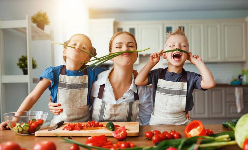 apprendre les enfants à faire la cuisine